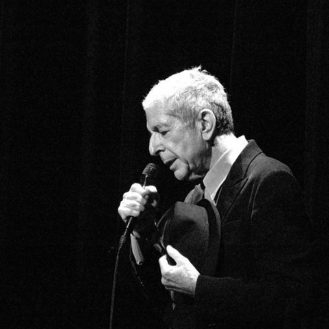 https://commons.wikimedia.org/wiki/File:Leonard Cohen_2127.jpg